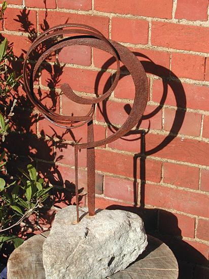 'GotYou!' sculpture
